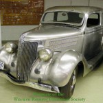 b04fd_1936_Ford_Model_68_Tudor_Deluxe_Sedan_(stainless_steel)